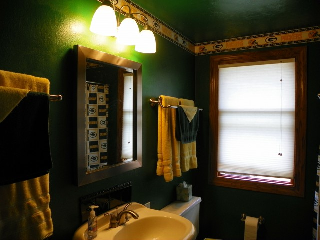 shadow lane | packerplex | green bay packers rental, packers house