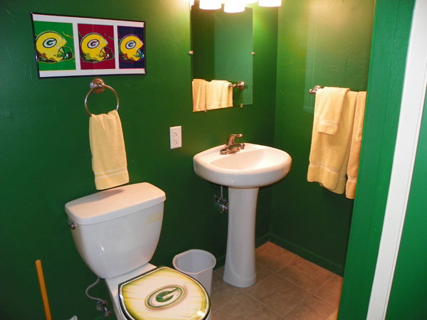 Delightful Packerplex: Shadow Lane We Were The Very First To Market Our Property As A  Dedicated Packer Themed Furnished Rental Home, And Have Owned And Operated  The ...